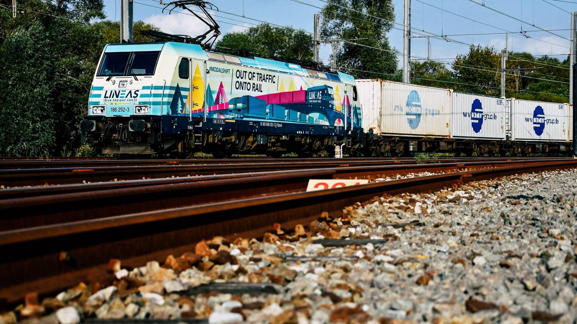 LINEAS starts intermodal service between Ghent and Milan